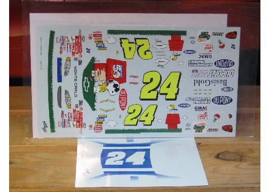 #24 Snoopy Peanuts 50th Ann Jeff Gordon 2000 Powerslide