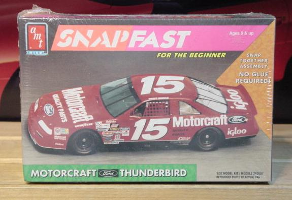 AMT #15 Motorcraft Geoff Bodine 1992 1/32 Scale Kit Sealed