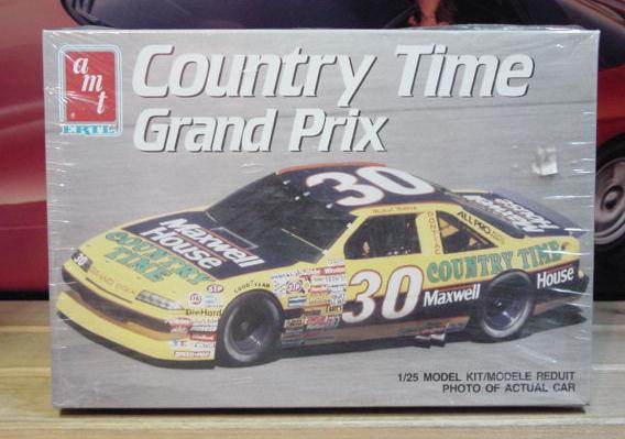 #30 Country Time Michael Waltrip AMT Kit Sealed