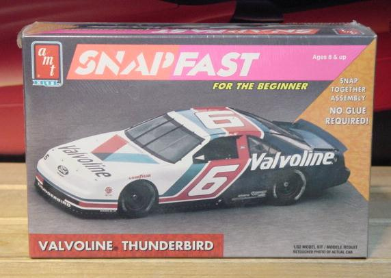 AMT # 6 Valvoline Mark Martin 1992 1/32 Scale Kit Sealed