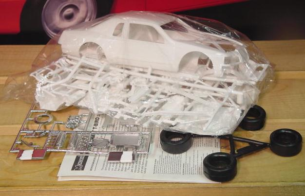 1983-86 Thunderbird Kit Damaged Glass