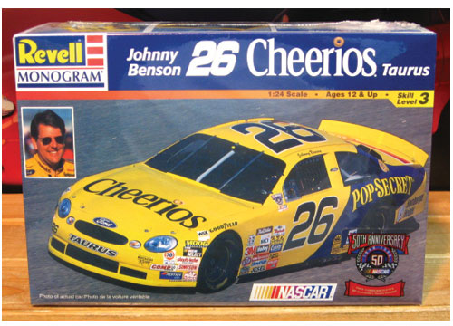 #26 Cheerios Johnny Benson 1998 Revell Kit Sealed