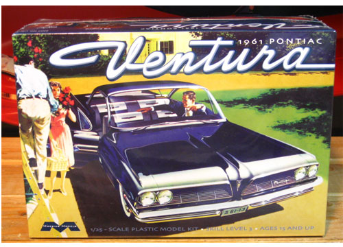 Moebius Models 1961 Pontiac Ventura Kit Sealed