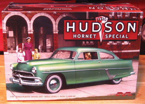Moebius Models 1954 Hudson Hornet  Special Kit Sealed