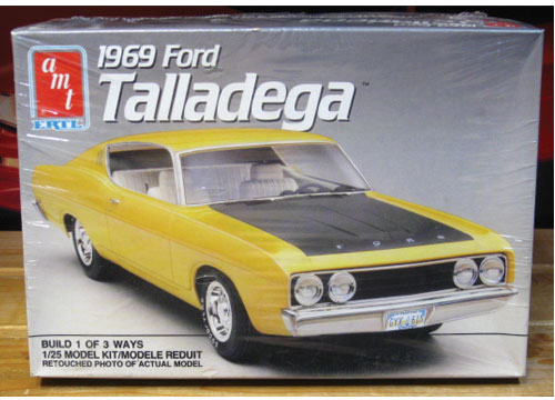 AMT 1969 Ford Torino Talladega Kit Sealed