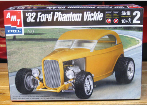 AMT 1932 Ford Phantom Vickie Sealed