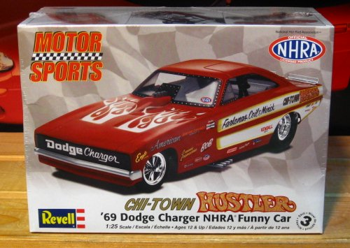 Revell Motorsports Chi Town Hustler 69 Charger Funny Car Revell