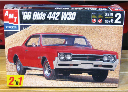 AMT 1966 Oldsmobile 442 W30 1998 Issue Sealed