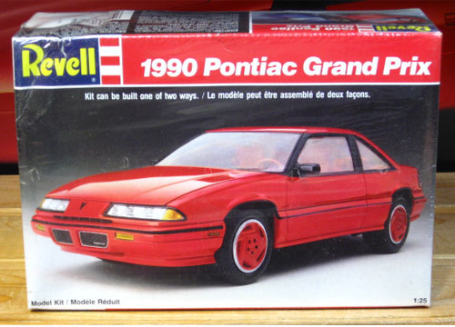 Revell 1990 Pontiac Grand Prix Kit Sealed