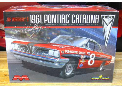 Moebius Models # 8 Joe Weatherly 1961 Pontiac Kit