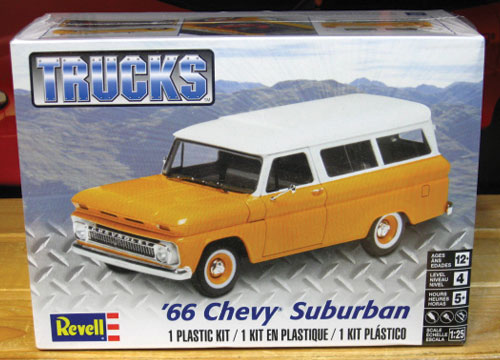 Revell 1966 Chevy Suburban Kit Sealed