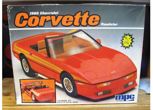 MPC 1988 Corvette 1/16 Scale Kit