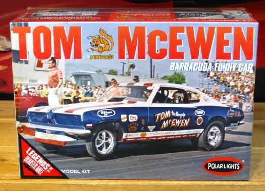 Polar Lights Tom Mongoose McEwen Barracuda Funny Car Kit