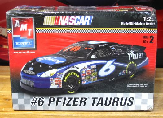 # 6 Pfizer Mark Martin 2003 AMT Kit