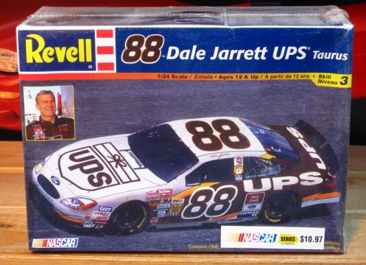#88 UPS Dale Jarrett 2002 Revell Kit Sealed