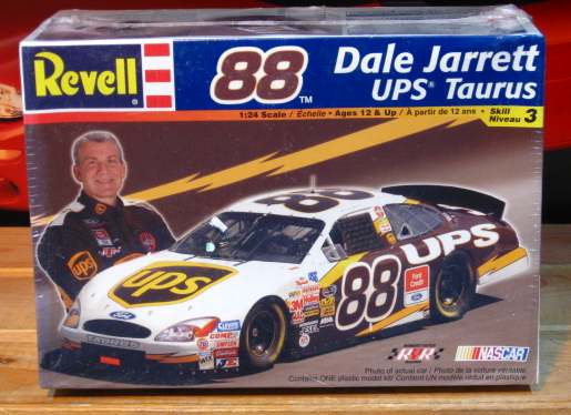 #88 UPS Dale Jarrett 2003 Taurus Revell Kit Sealed
