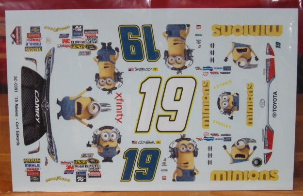#19 Minions Carl Edwards 2015 Toyota Stoney\'s
