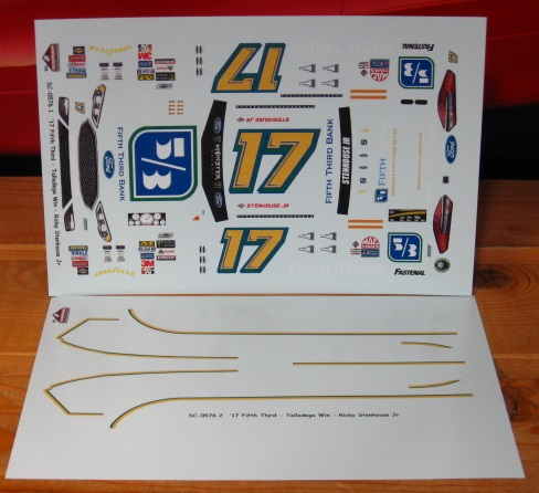 #17 Fifth Third Bank Stenhouse Jr 2017 Fusion Stoney's