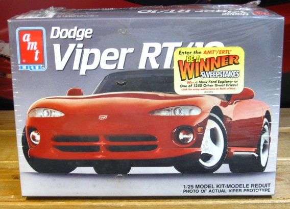 AMT 1992 Dodge Viper RT/10 Kit Sealed