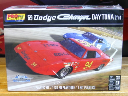 Revell 1969 Dodge Daytona Charger Pro Modeler Kit New 2018 Issue