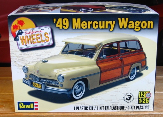 Revell 1949 Mercury Woody Wagon Kit Complete
