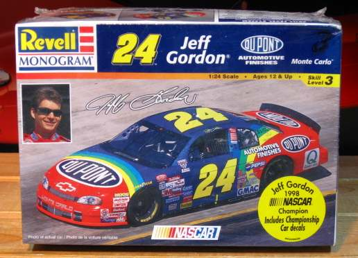 #24 DuPont Jeff Gordon 1998 Monte Carlo Monogram Kit Sealed