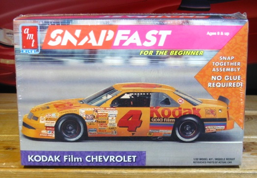 AMT # 4 Ernie Irvan 1991 Lumina 1/32 Scale Kit Sealed