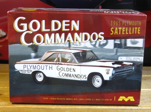 Moebius Golden Commandos 1965 Plymouth Super Stock Kit NEW!