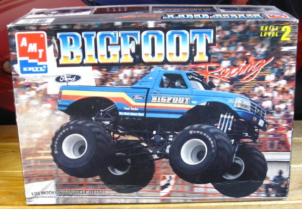 AMT Bigfoot Monster Truck 1993 Issue Kit Complete