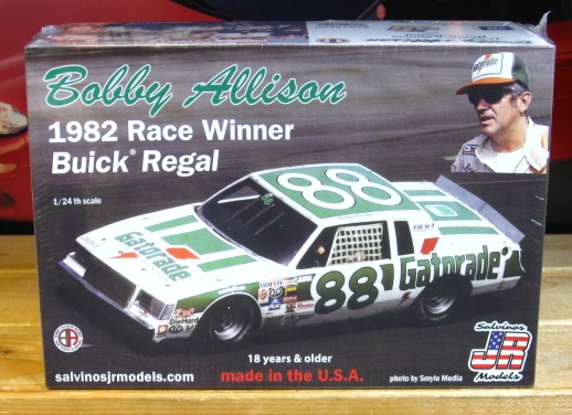 #88 Gatorade Bobby Allison 1982 Daytona Winner JR-Salvinos Kit NEW!