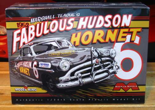 Moebius Models Marshall Teague's 1952 Hudson Stock Car Kit