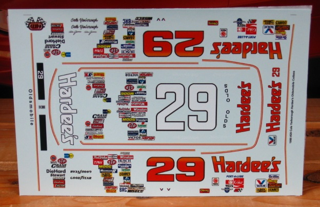 #29 Hardee's Cale Yarborough 1988 Oldsmobile