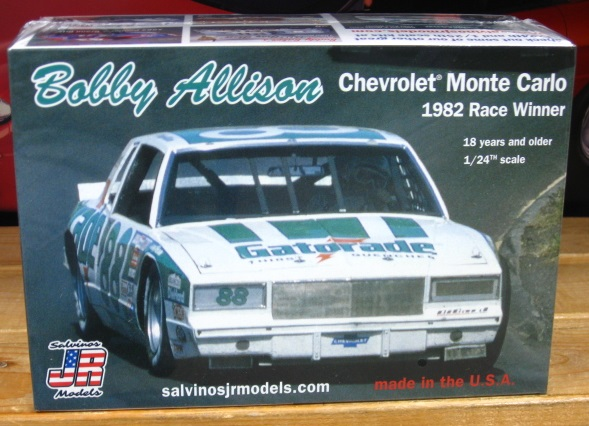#88 Bobby Allison Flat Nose 1982 Monte Carlo JR-Salvinos Kit NEW!