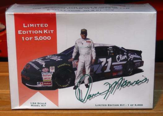 #71 Olive Garden Dave Marcis Limited Edition Kit Sealed