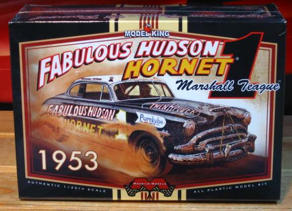 Moebius Models Marshall Teague's 1953 Hudson Stock Car Kit