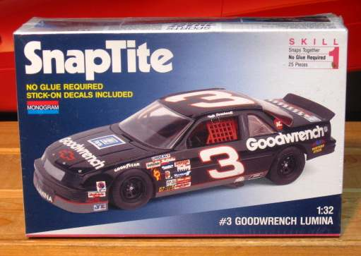 Monogram # 3 Goodwrench Dale Earnhardt 1992 Lumina 1/32 Scale Kit Sealed