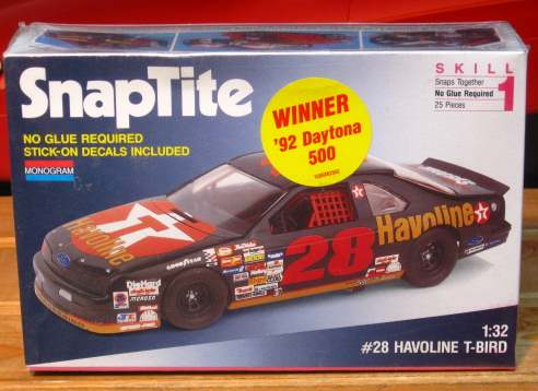 Monogram #28 Havoline Davey Allison 1992 Thunderbird 1/32 Scale Kit Sealed