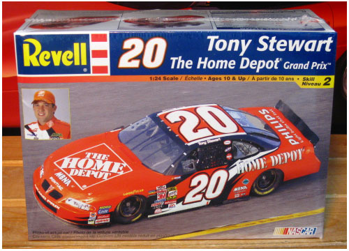 #20 Home Depot Tony Stewart 2002 Grand Prix Revell Kit