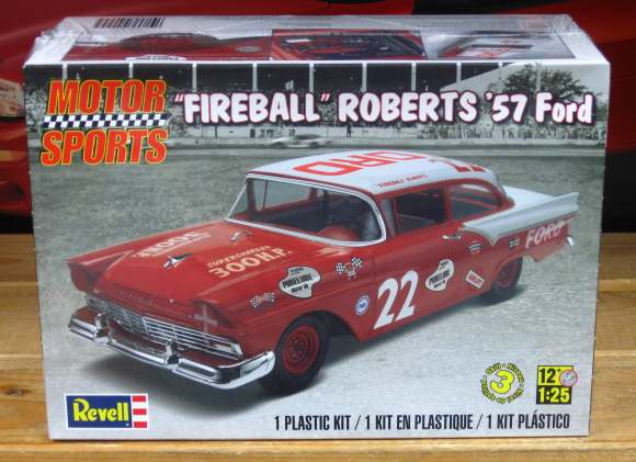 #22 Fireball Roberts '57 Ford Kit Sealed