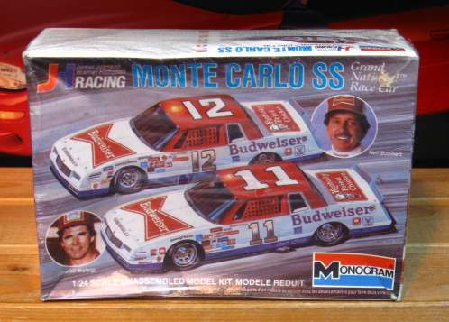 #11/12 Budweiser Waltrip/Bonnett 1984 Monte Carlo Kit Sealed