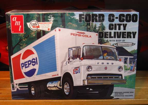 AMT Ford C-600 City Delivery Pepsi Truck Sealed