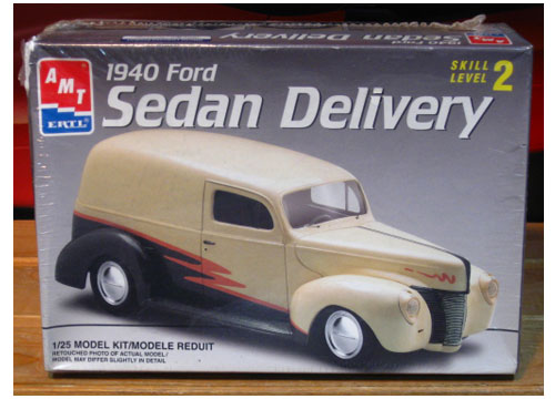 AMT 1940 Ford Sedan Delivery 1997 Issue Sealed