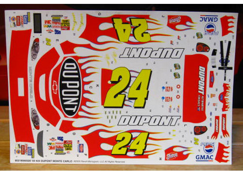 #24 Dupont Jeff Gordon 2003 Revell