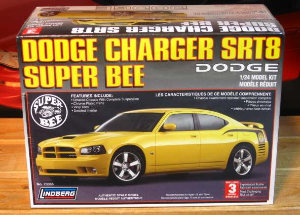 Lindberg Dodge Charger SRT8 Super Bee Kit Sealed