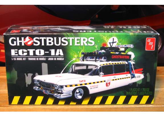 AMT Ghostbusters Ecto-1 '59 Cadillac Kit Sealed