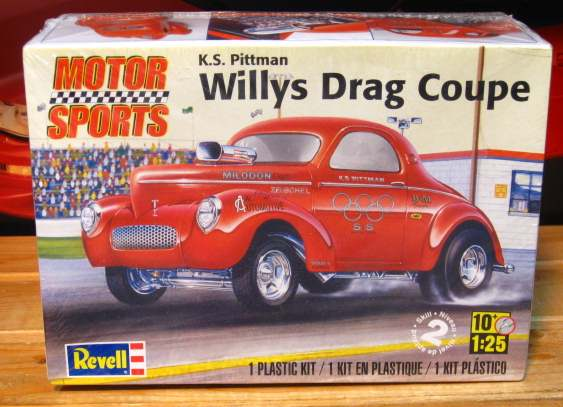 Revell Willys Drag Coupe Kit Sealed