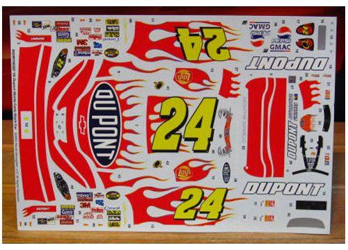 #24 DuPont Jeff Gordon 2005 Revell