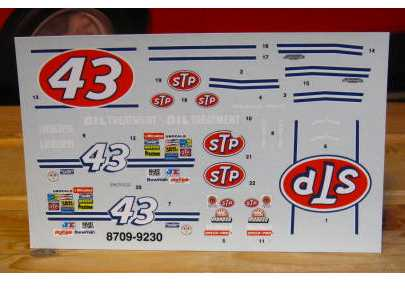 #43 STP Richard Petty 1992 1/32 Scale