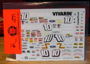 Sprint Car #10 Vivarin Dave Blaney Slixx 1/18 Scale