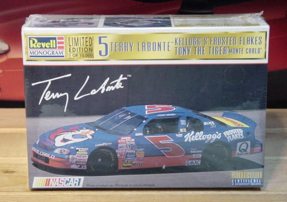 # 5 Frosted Flakes Terry Labonte 1997 Revell Kit Sealed